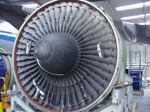 Jet Engine Fan Blades : Hoaxes and urban legends chinese quot fix jet engine with